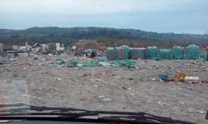 Bacanje suta na deponiju